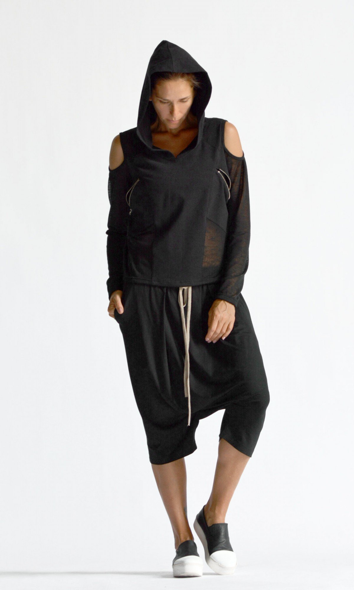 Short Extravagant Off-Shoulder Hoodie A90516
