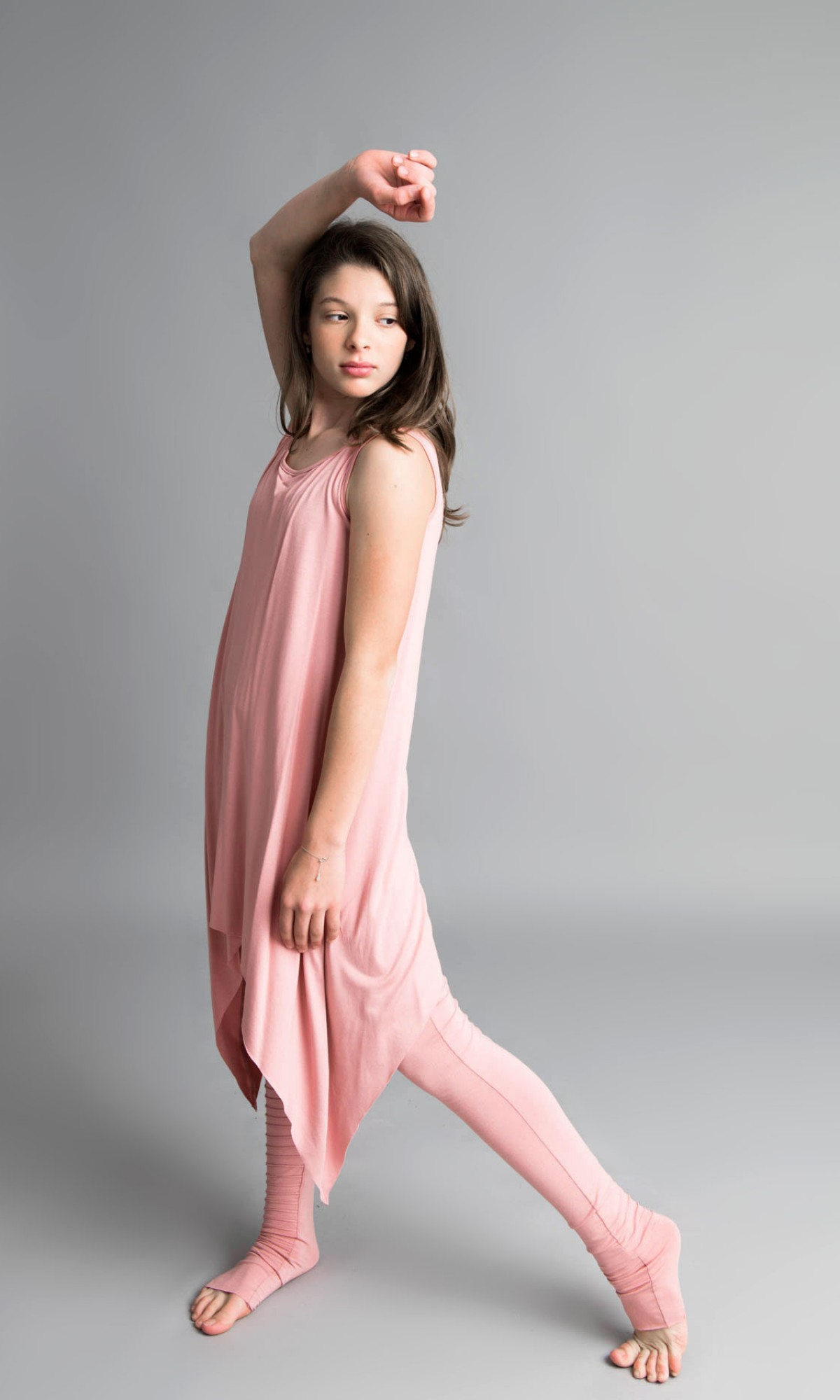 Extra Long Leggings with a Pattern A05539C