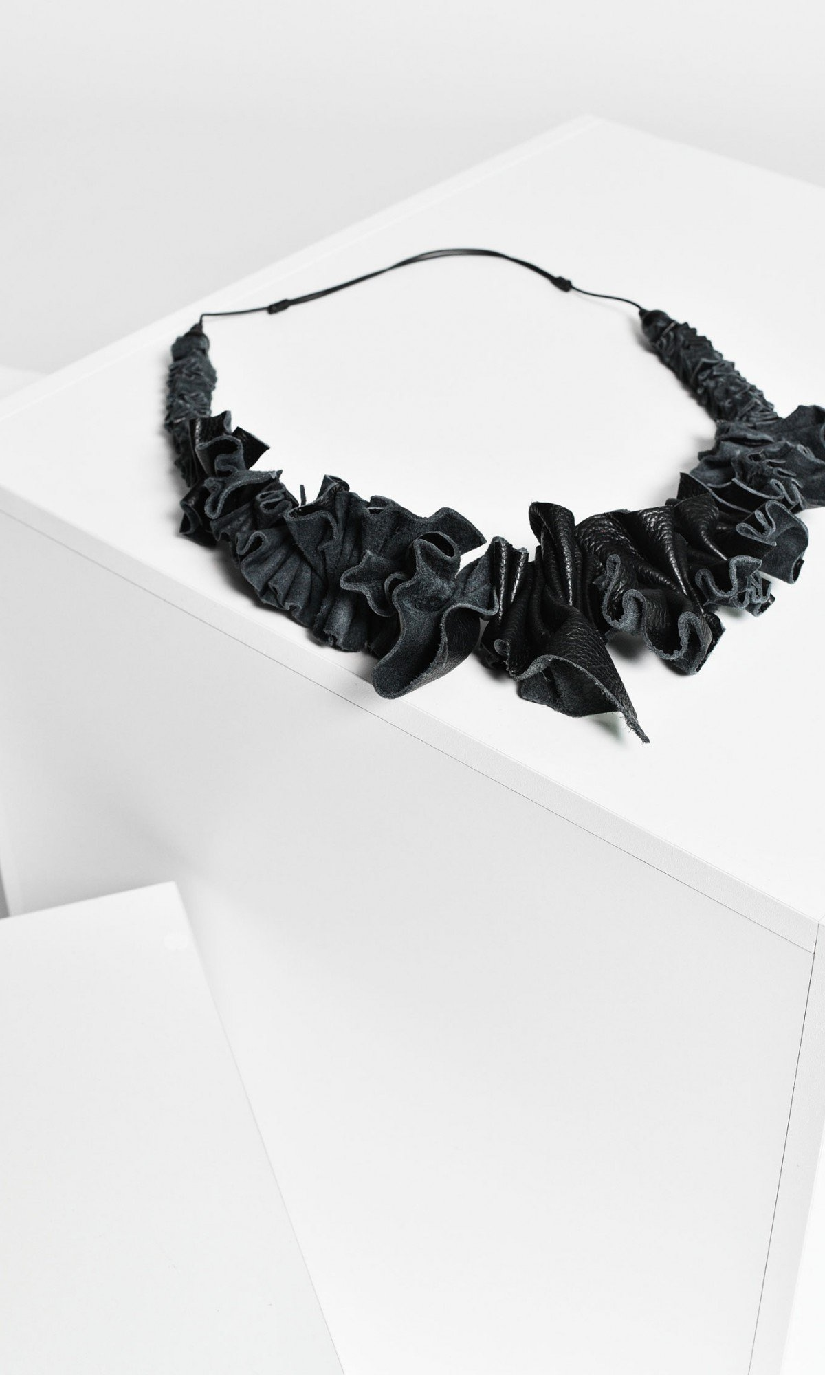 Black Genuine Leather Necklace A16411