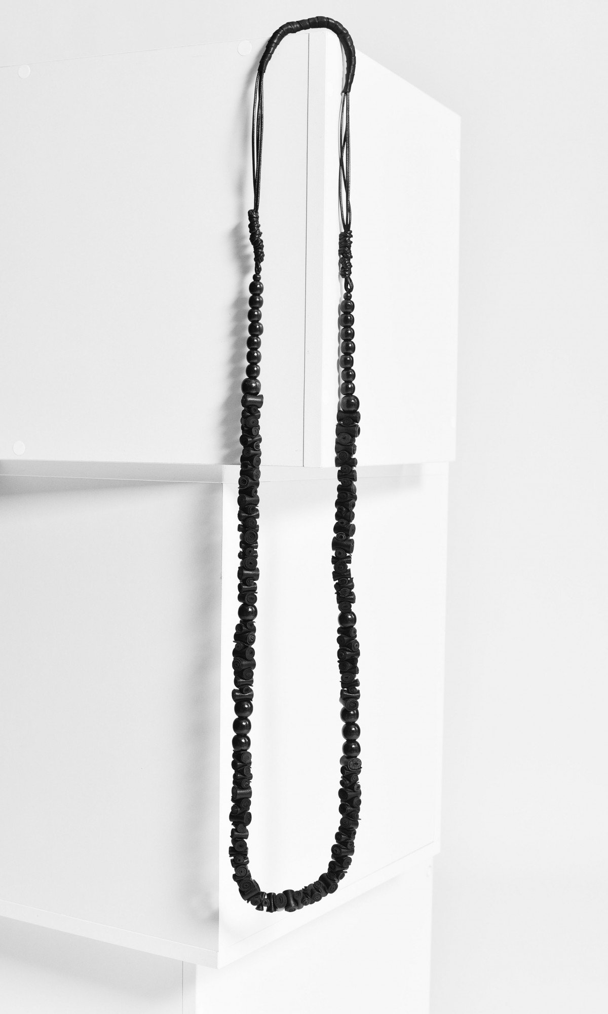 Extravagant Long Black Genuine Leather Necklace A90542