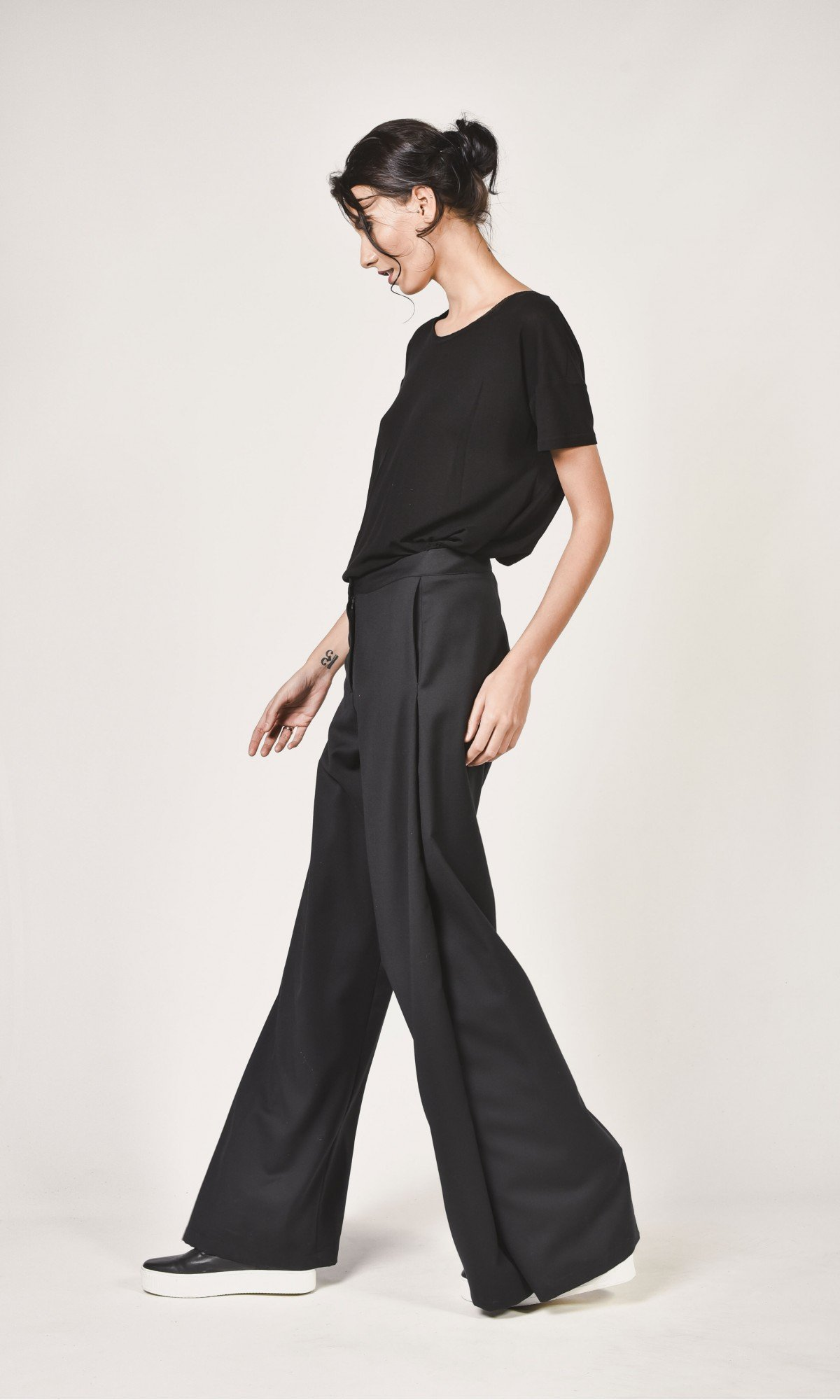 Elegant Flared Pants A05555