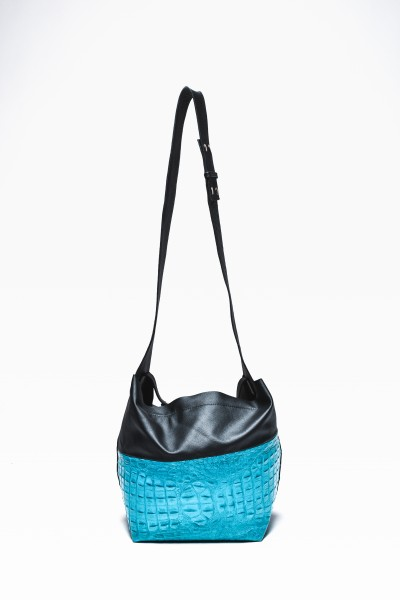 Large Extravagant Genuine Leather Bag A90060
