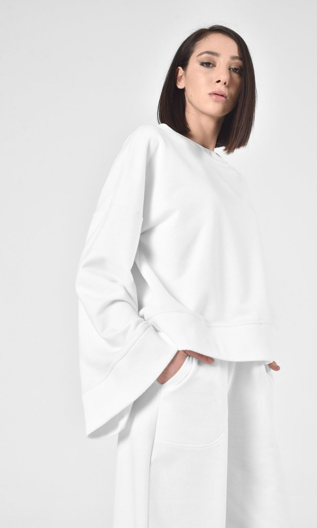Beautiful Bell Sleeves Blouse A90442