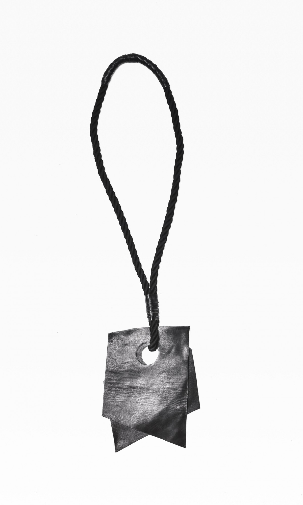 Extravagant Black Genuine Leather 'Piece on a Rope' Necklace A16475