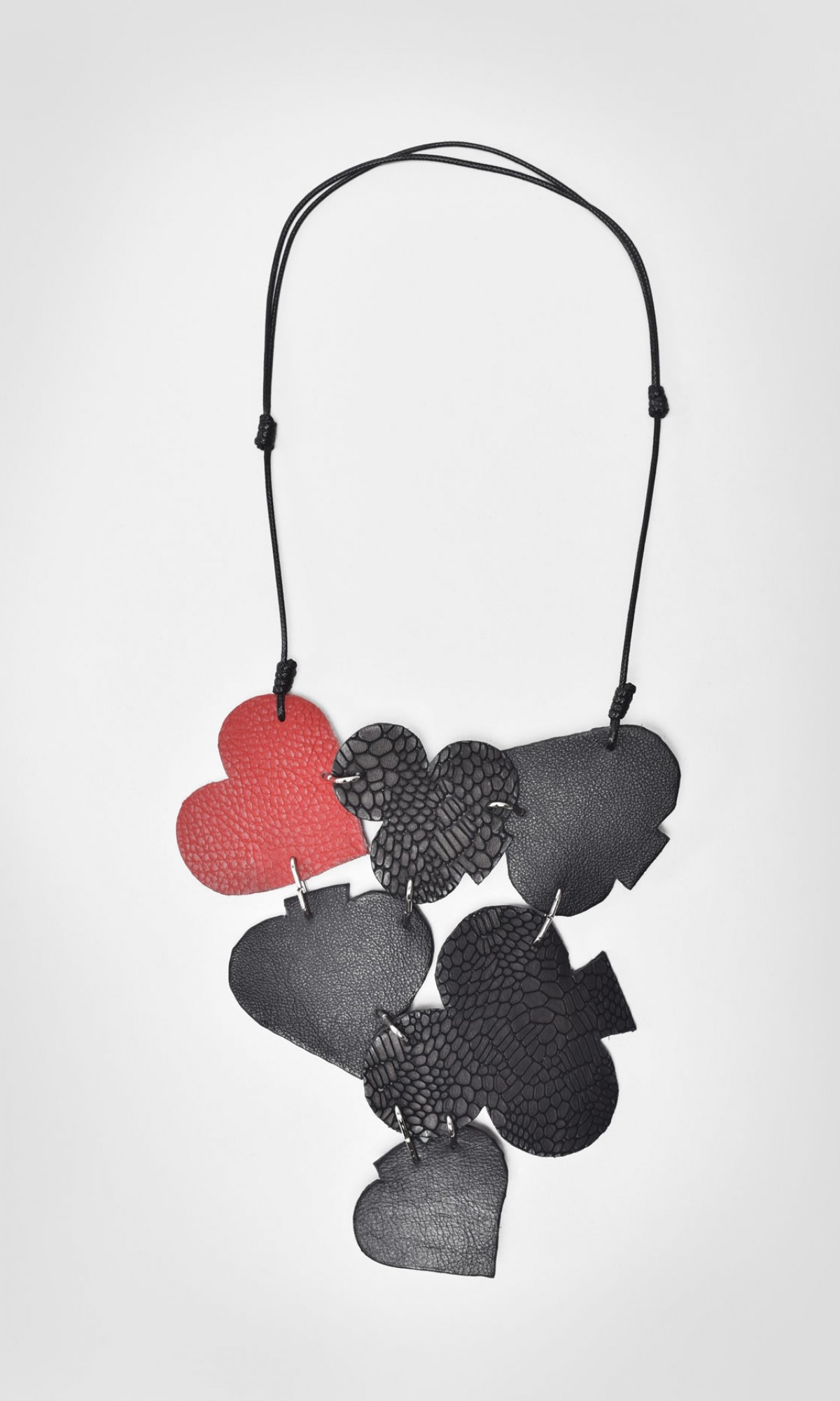 Card Signs Playful Leather Necklace A90115