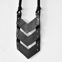 Trendy Leather triangle arrow necklace A90301