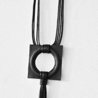 Trendy Leather pendant necklace A90226
