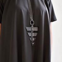 Trendy long arrow choker necklace A90375