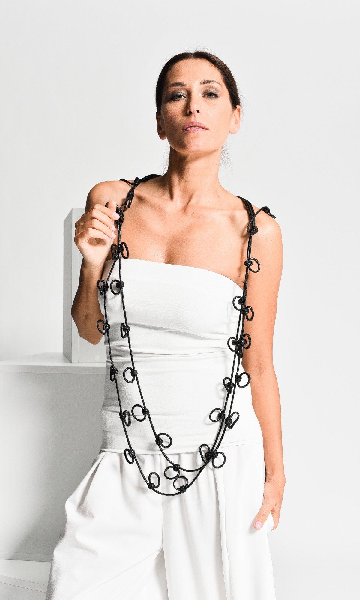 Extravagant Long Genuine Leather Necklace A90411
