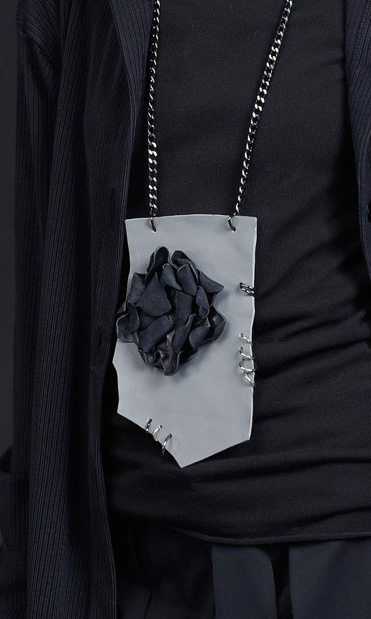 Trendy Leather rose pendant necklace A90421