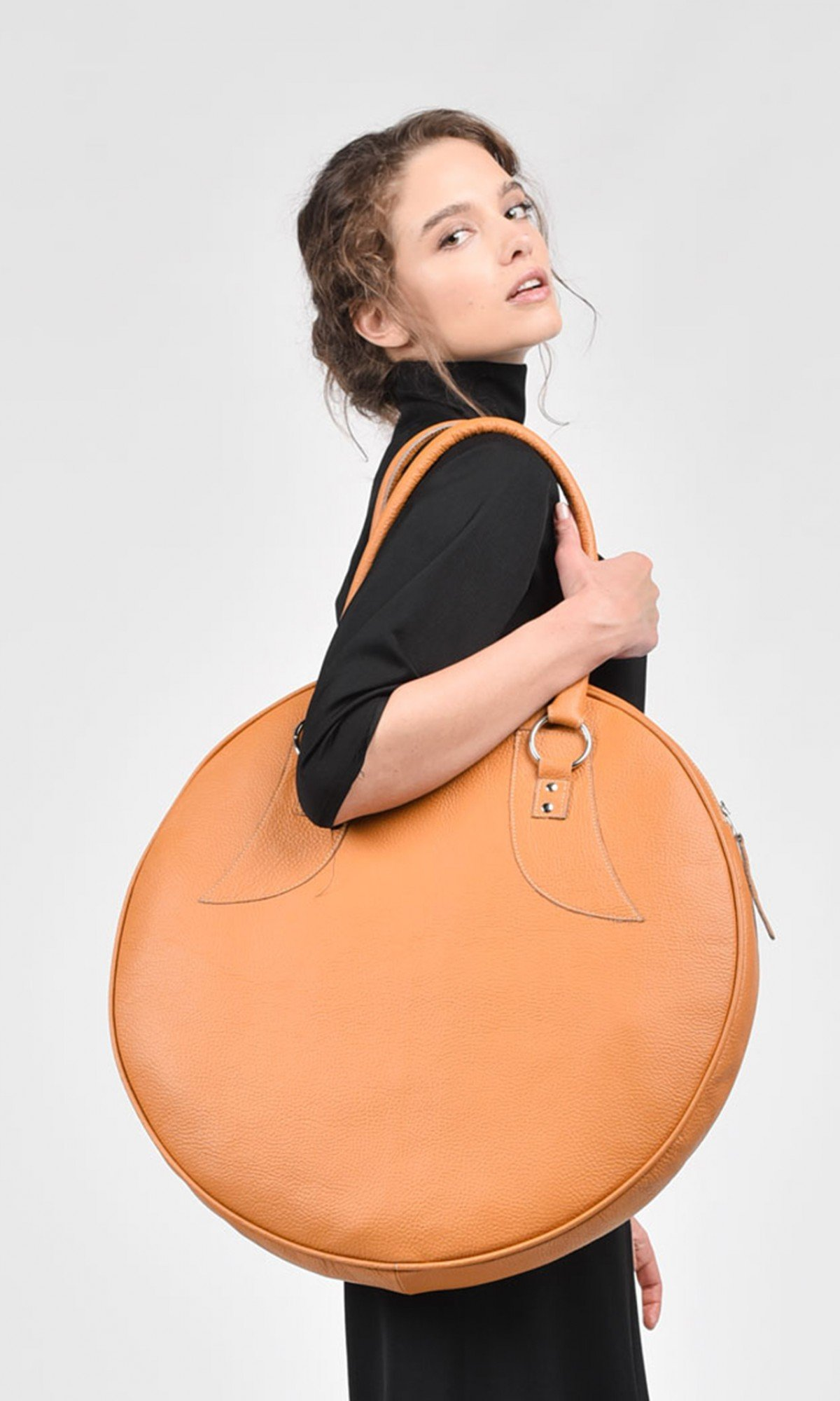 Genuine Leather Big Circle Bag A14318