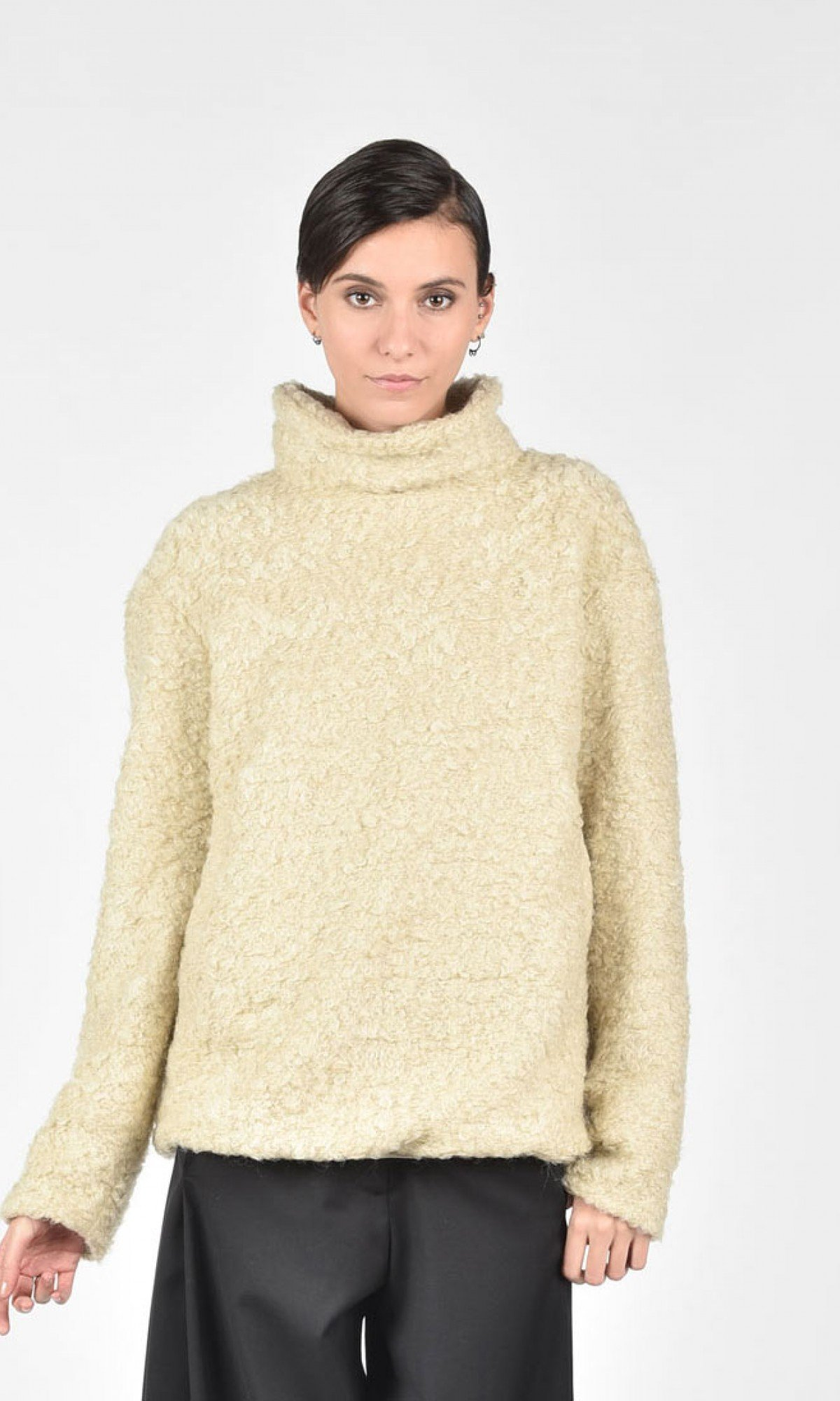 Teddy Sweater With High Collar