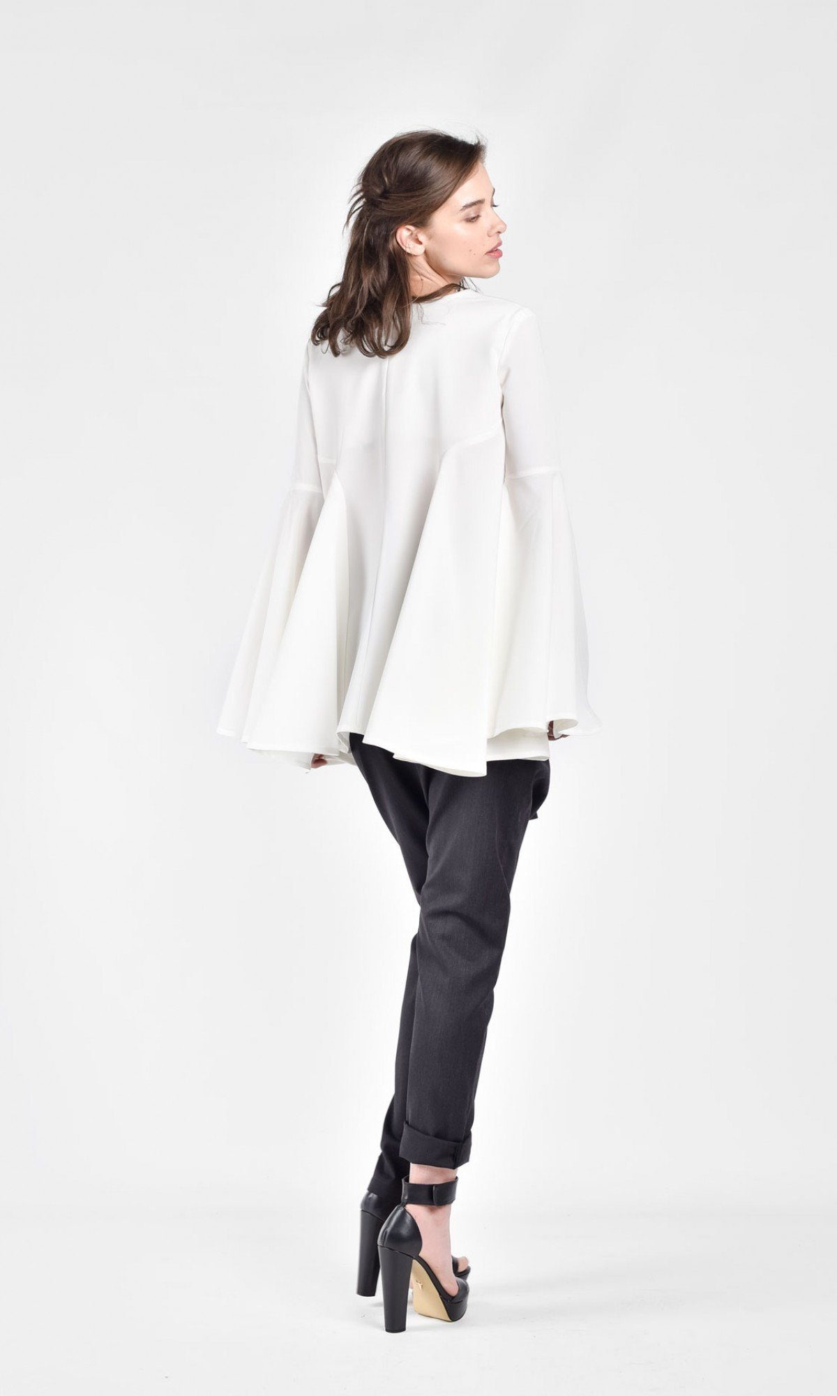 Sexy V-neck blouse with flaring sleeves A12616