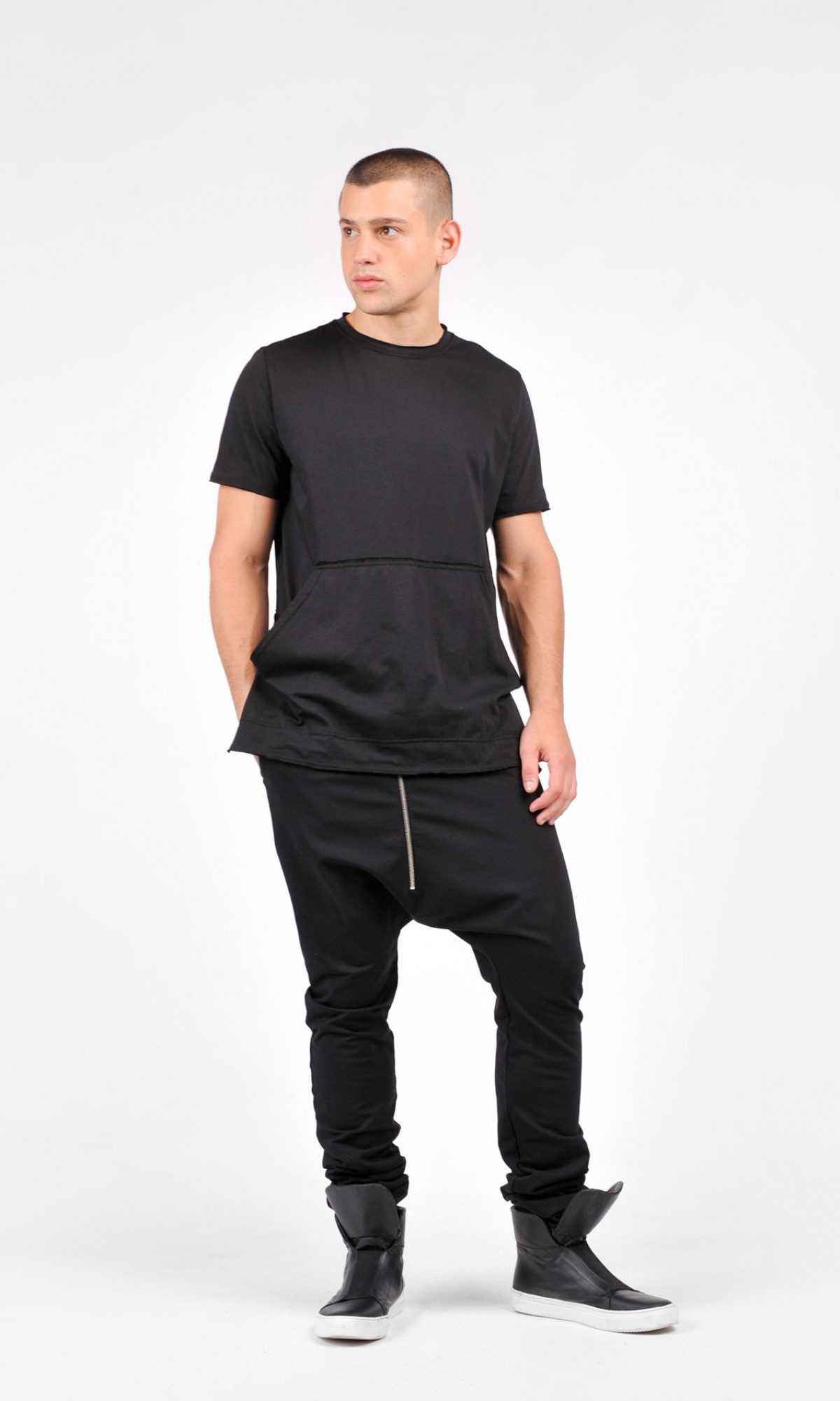 Men T-shirt with Front Pockets A90101M