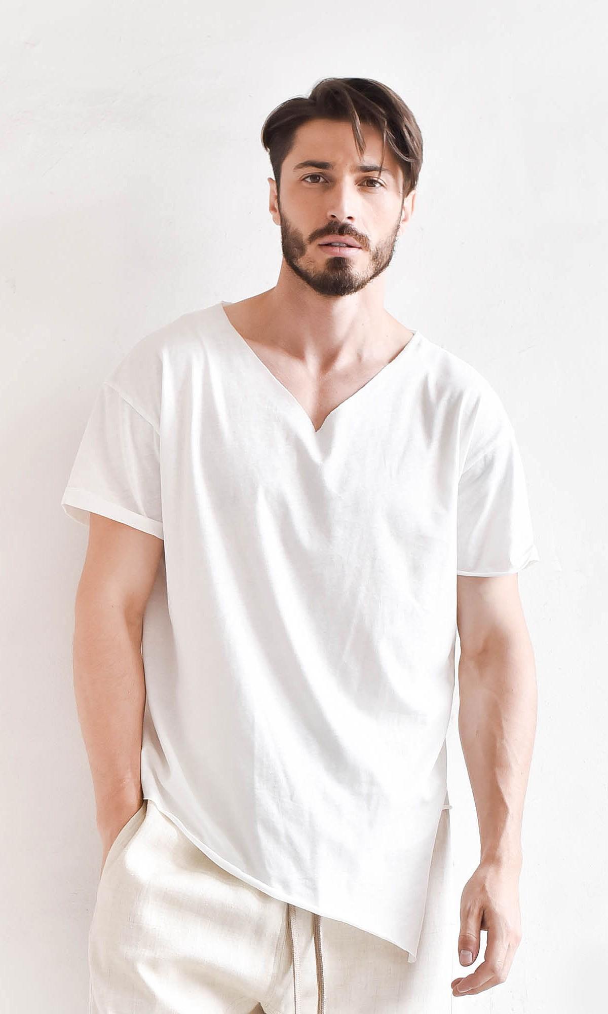 Casual Plain V-neck T-shirt A90351М