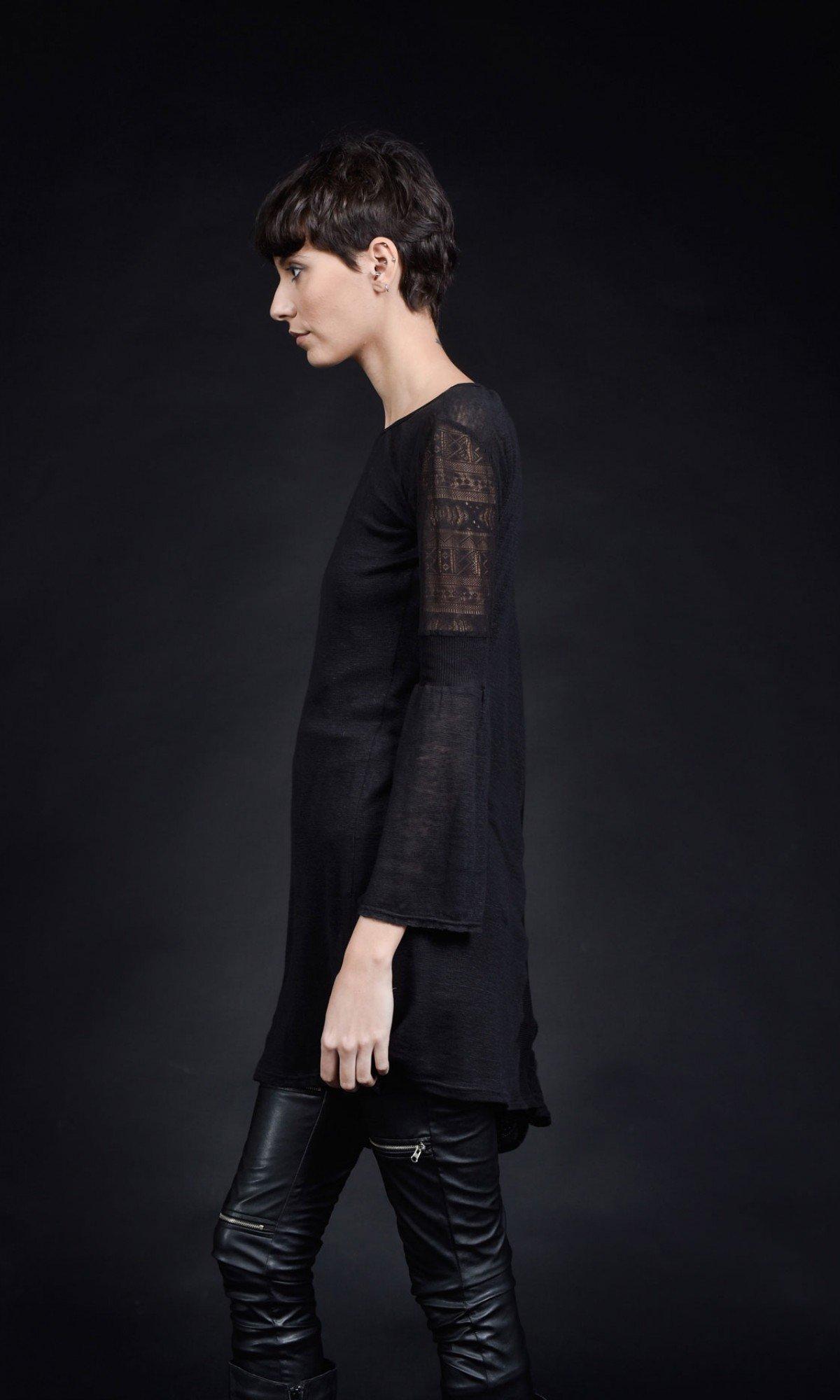 Very Elegant One Sleeve Asymmetric Blouse A90426