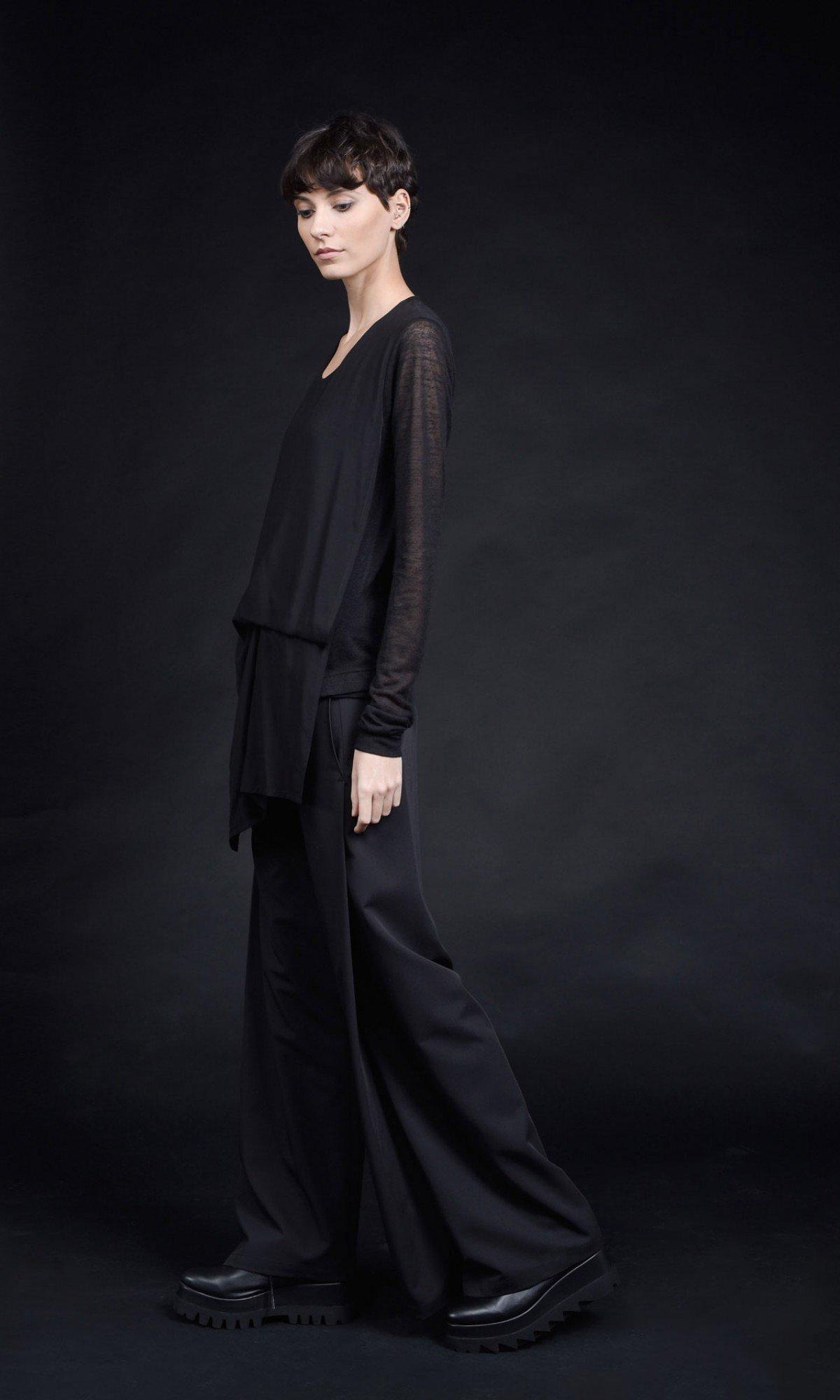 Very Elegant Asymmetric Long Sleeve Blouse A90433