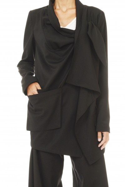 Extravagant Black Jacket A07109