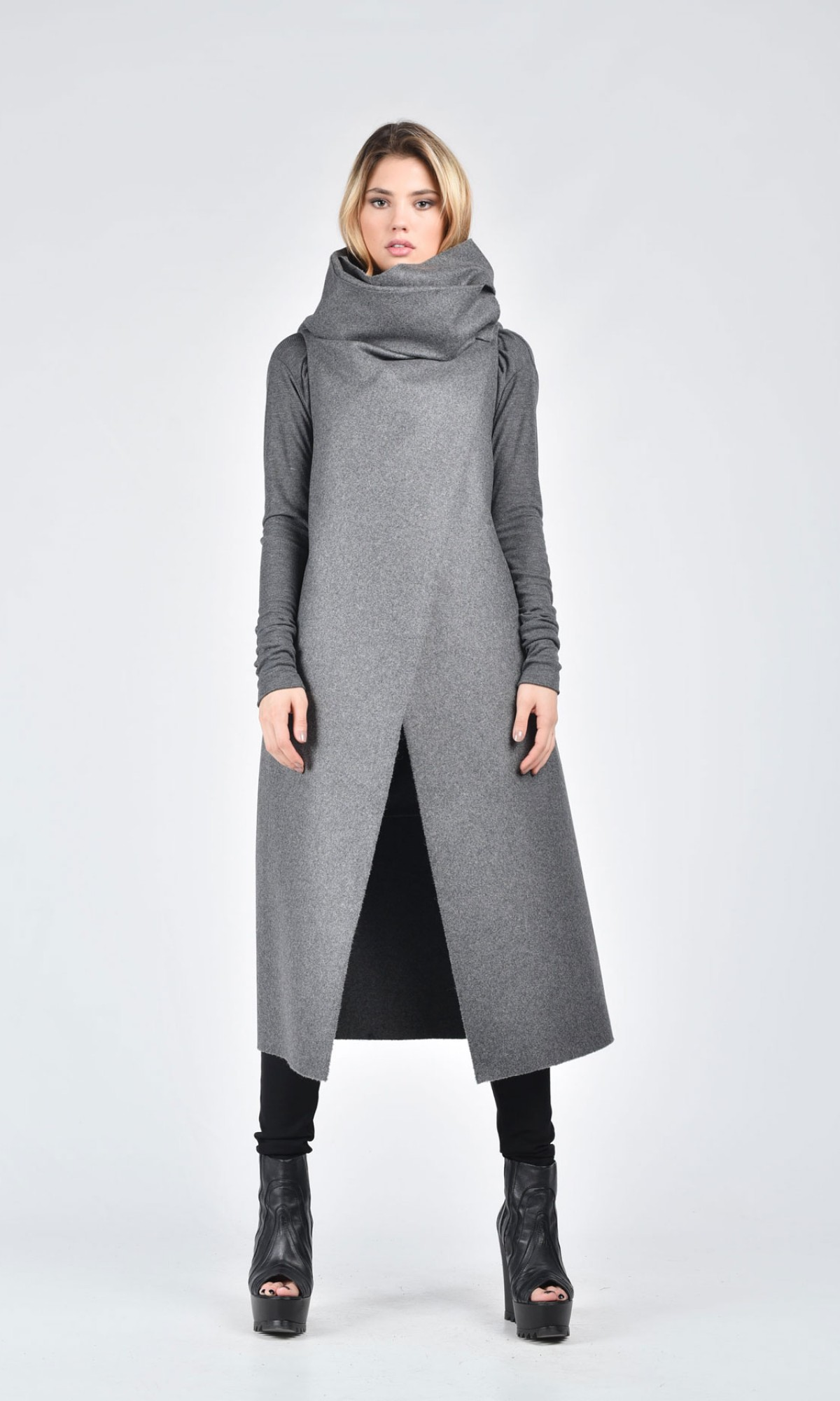 Soft Grey Sleeveless Coat A07086