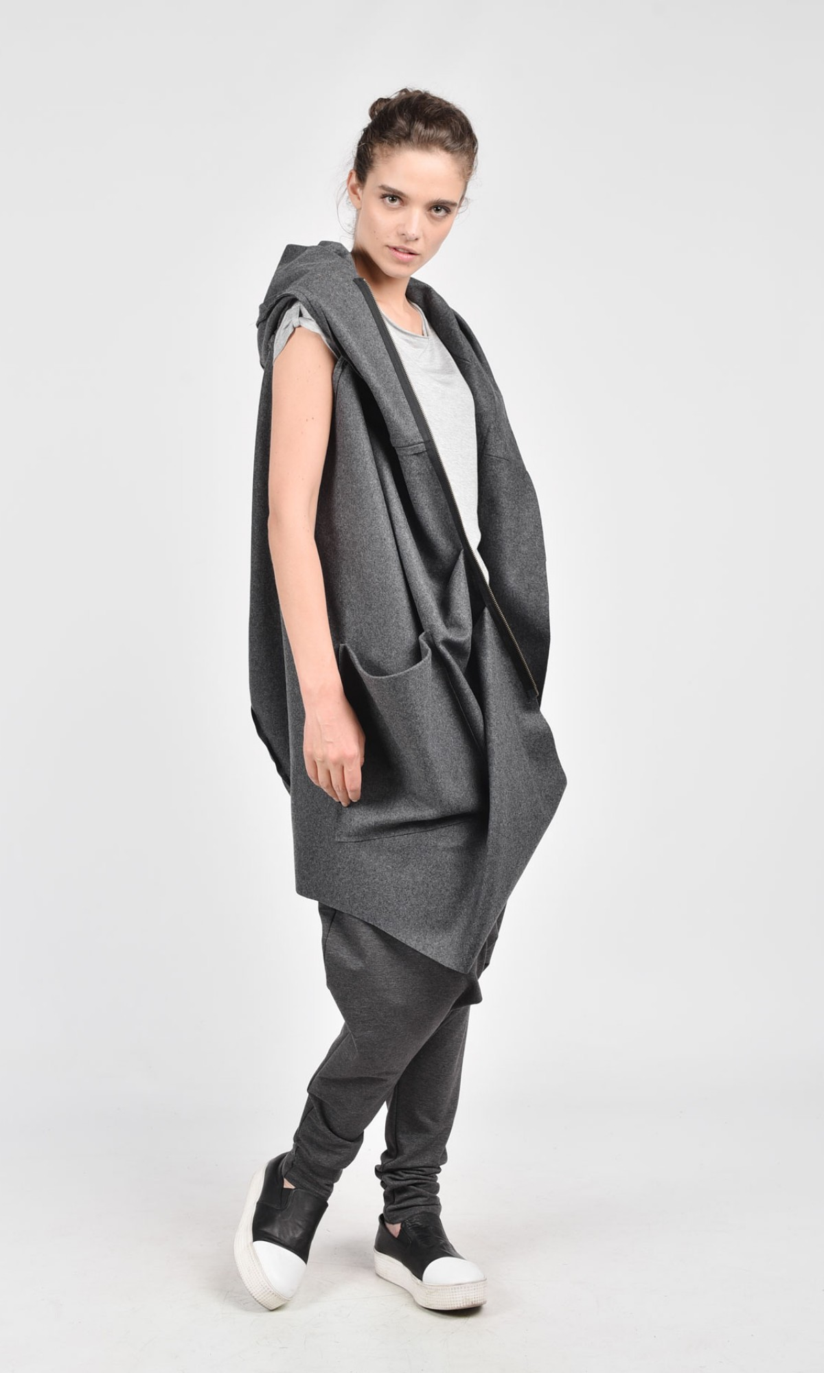 Asymmetric Extravagant Hooded Sleeveless Coat A07119