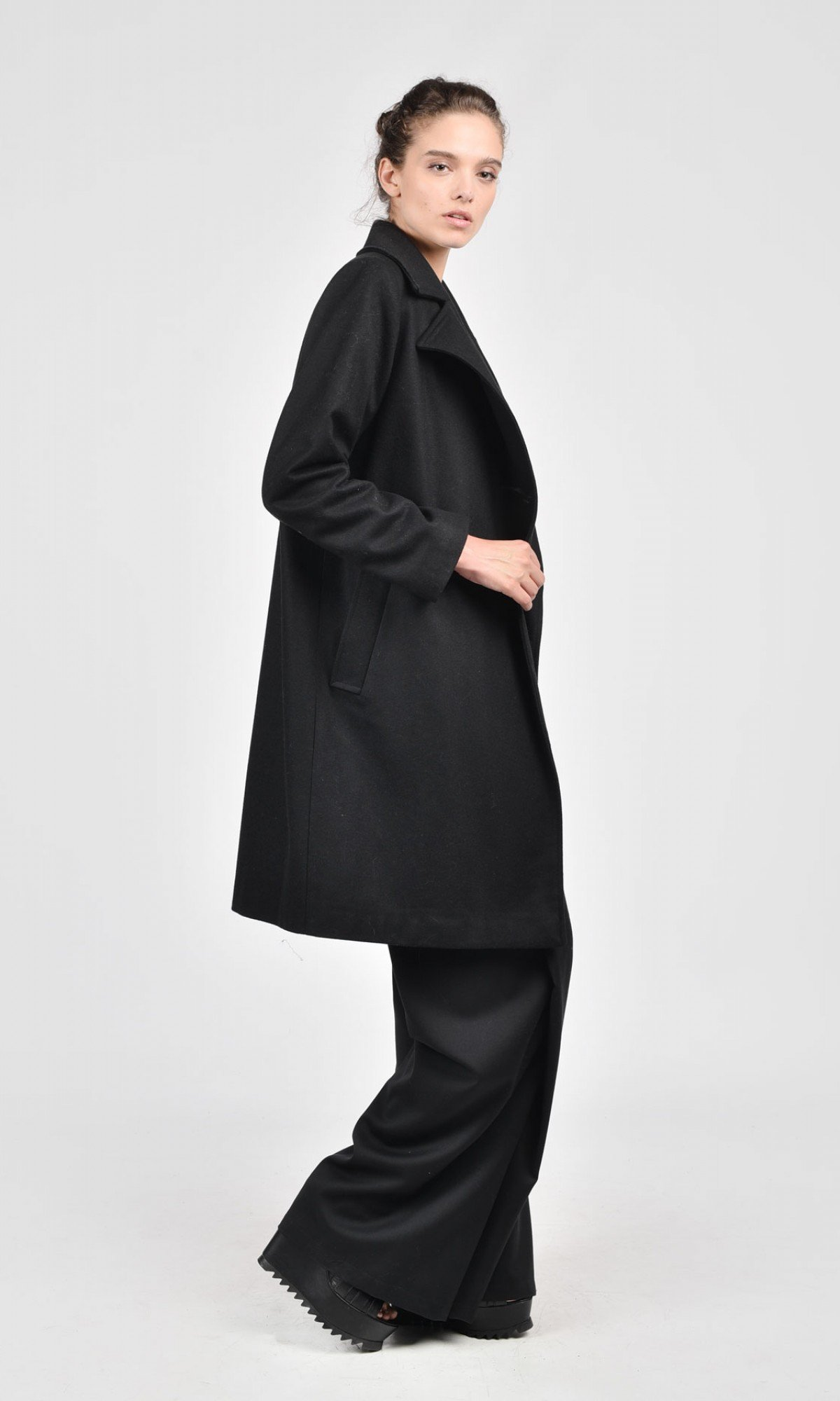 Cashmere Lined Black Coat A07161