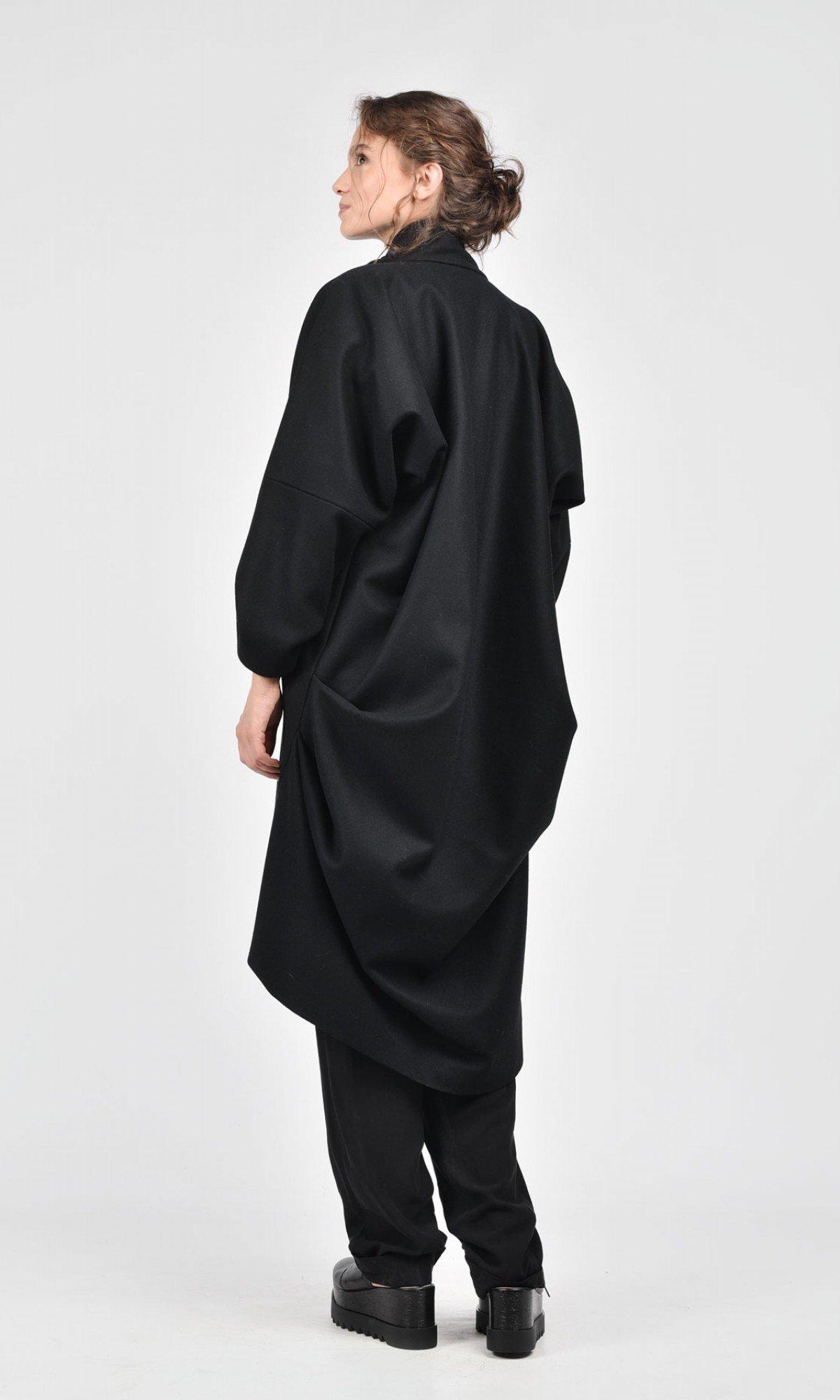 Extravagant Asymmetric Coat A07443