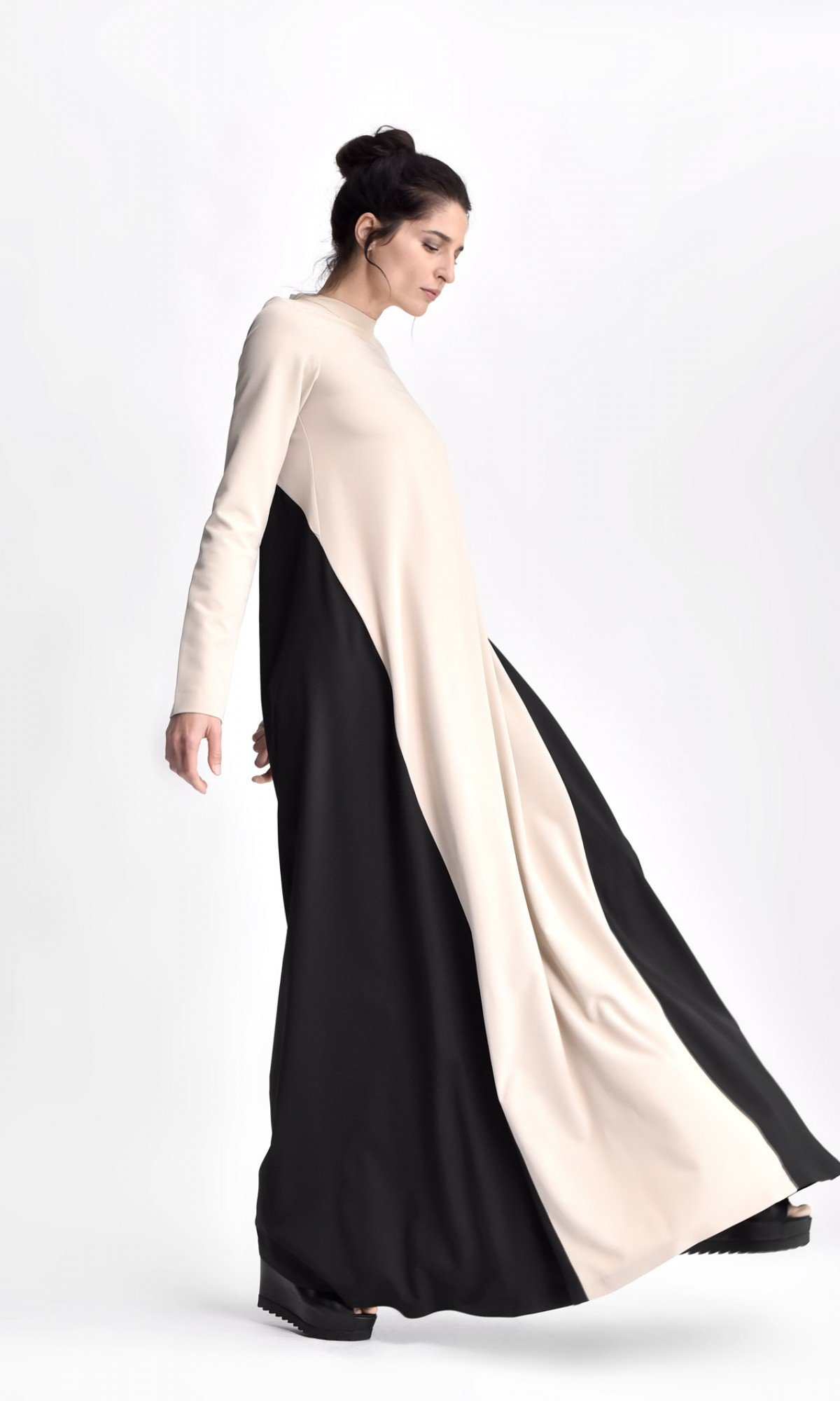Long Sleeved Maxi Dress A90478
