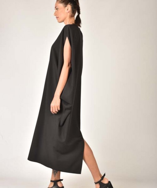 Black Back Slit Tunic Dress A03621
