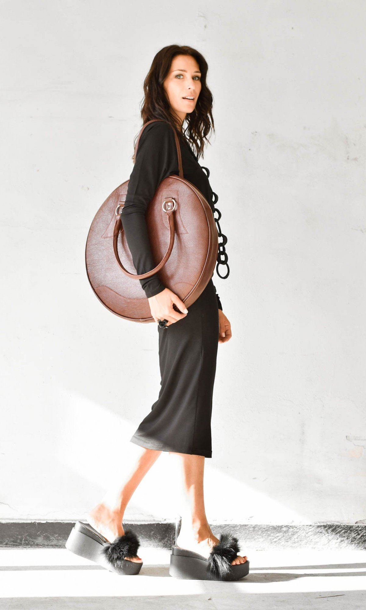 Wide neck bodycon dress A90332