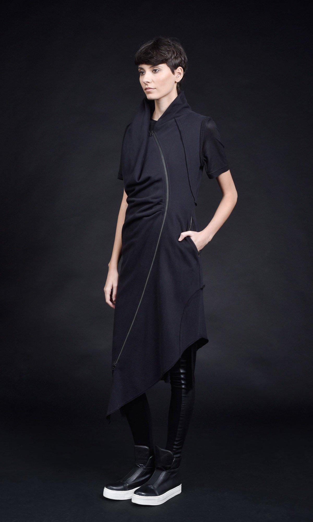 Extra Long Sleeveless Asymmetric Hoodie A90416
