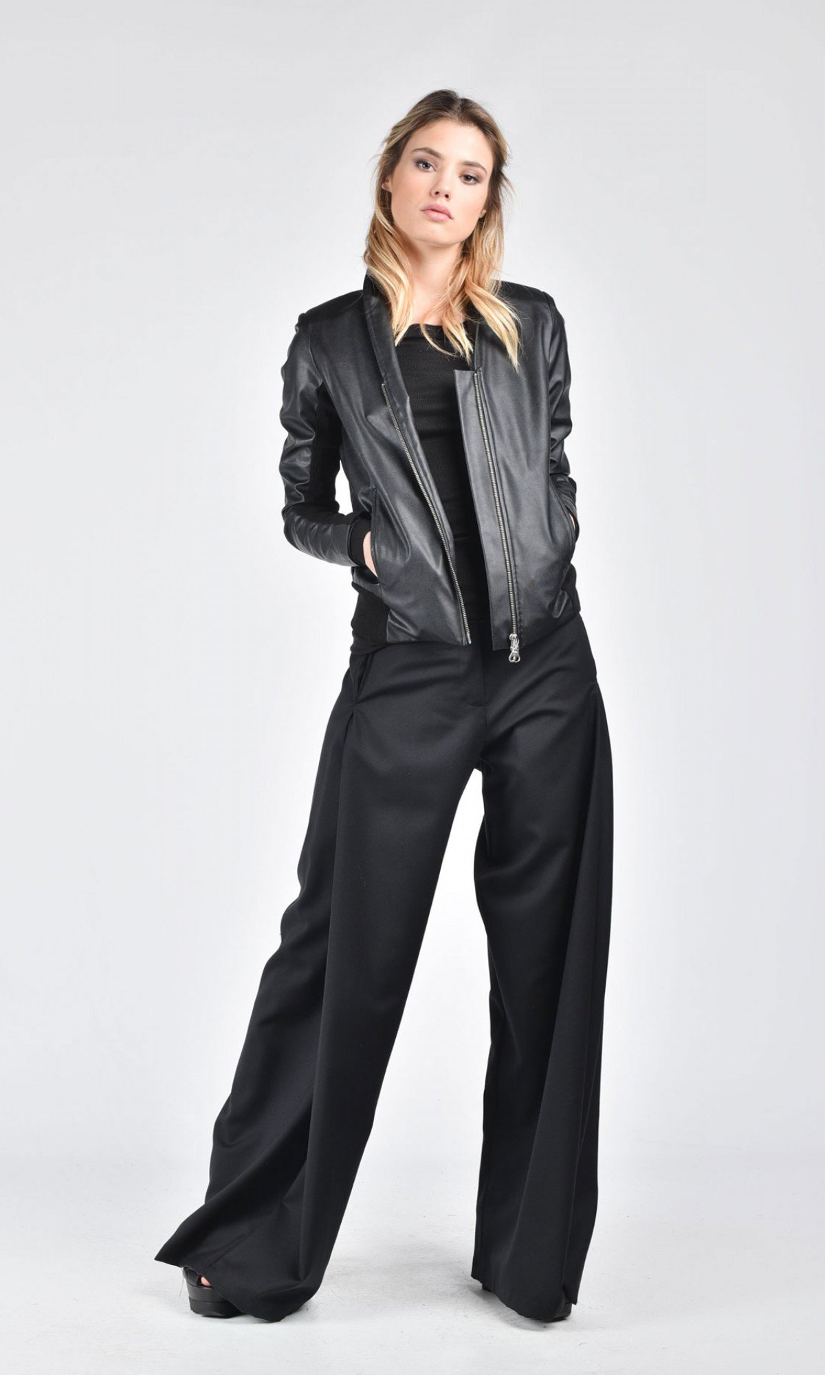 Extravagant Short Black Eco Leather Jacket A20261
