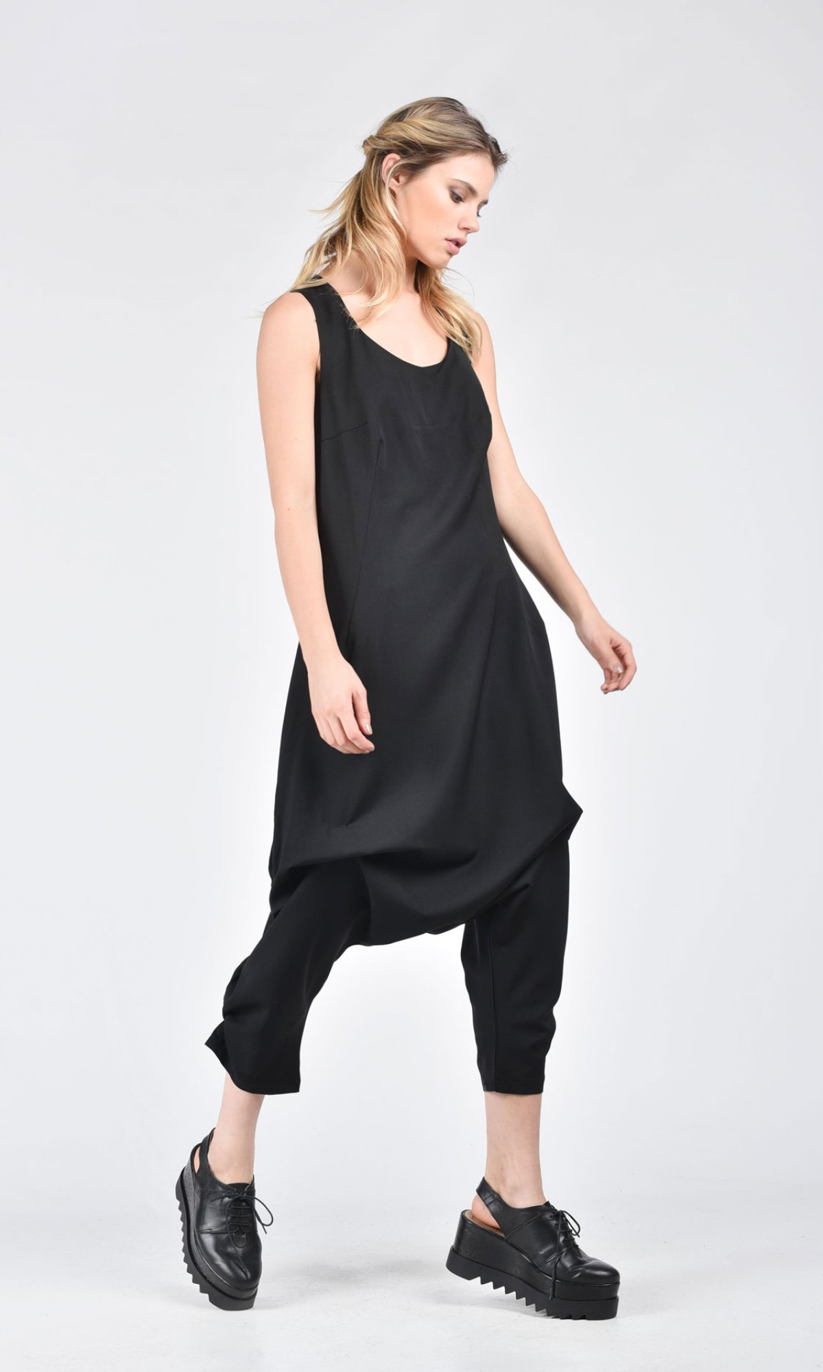 Elegant Cold Wool Jumpsuit A19229
