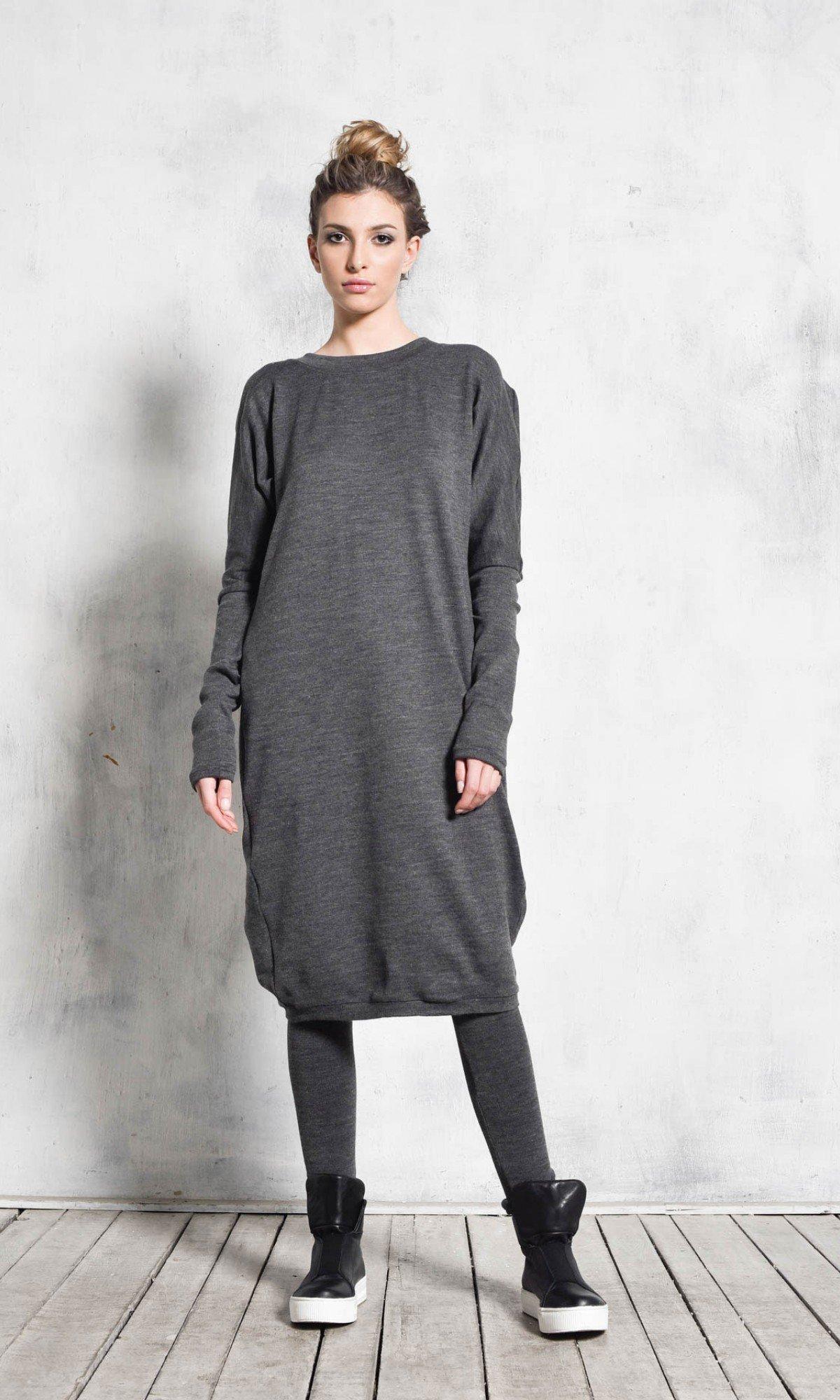 Asymmetric Black Knit Tunic A02059