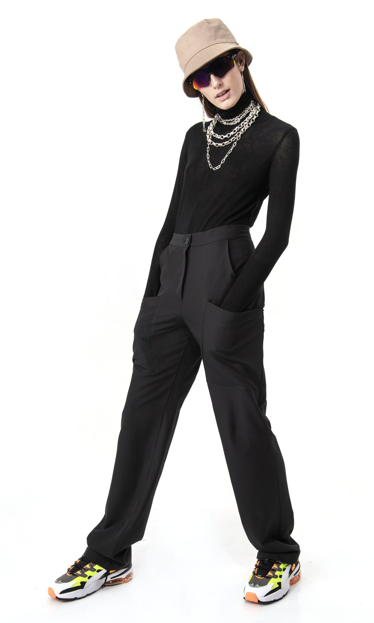Straight Pants with front pockets A90576