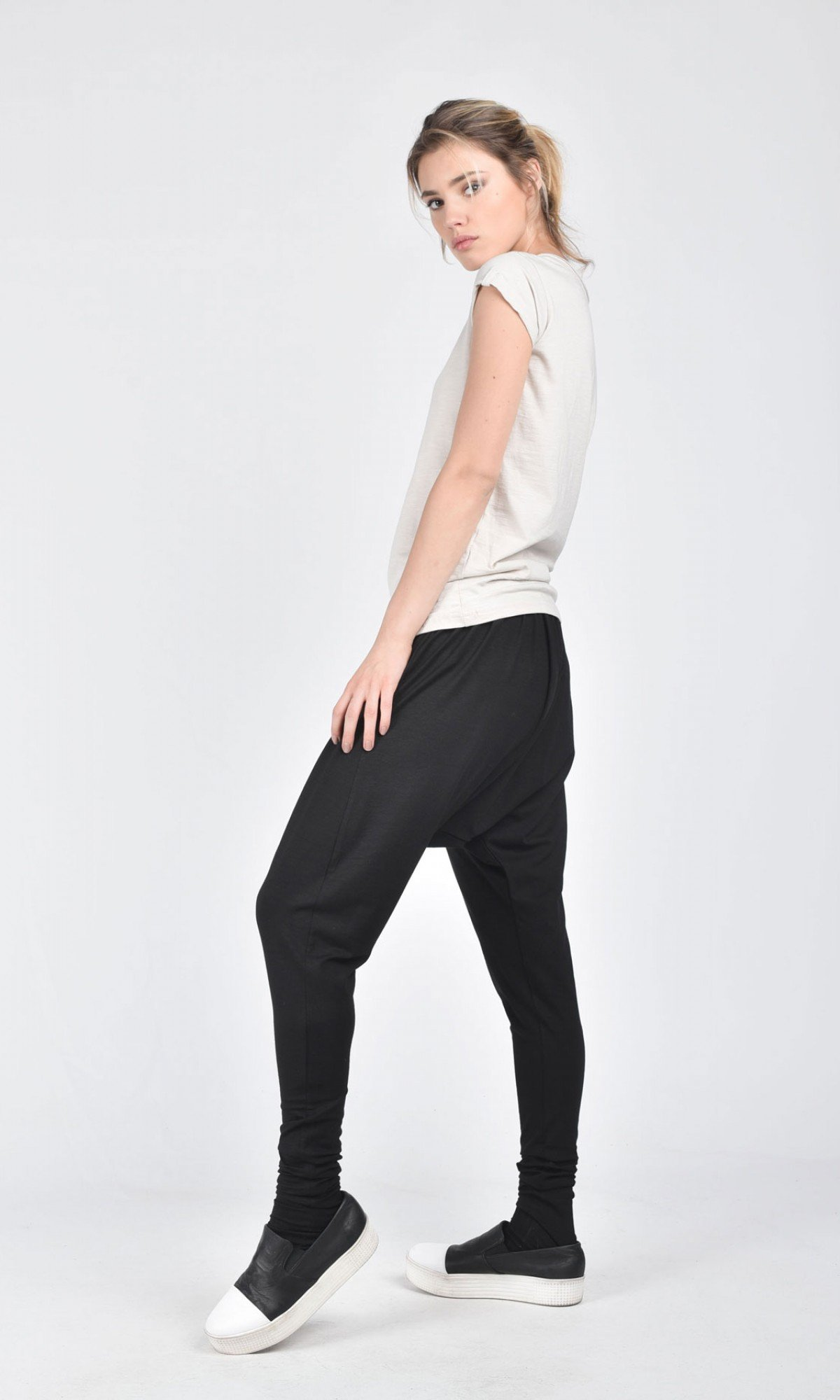 Loose Black Harem Pants A05070