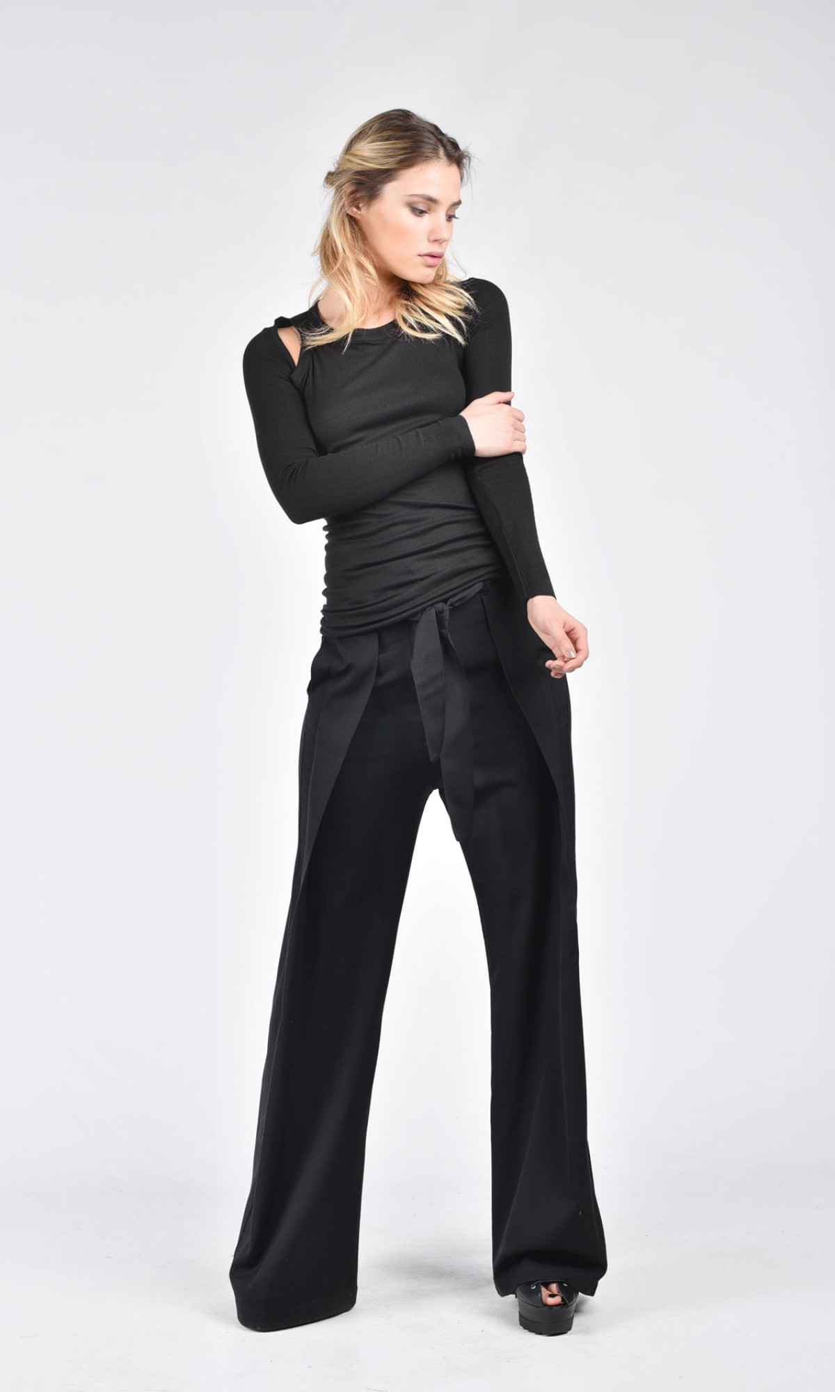 Wide Leg Pants With Ribbon Belt A05115