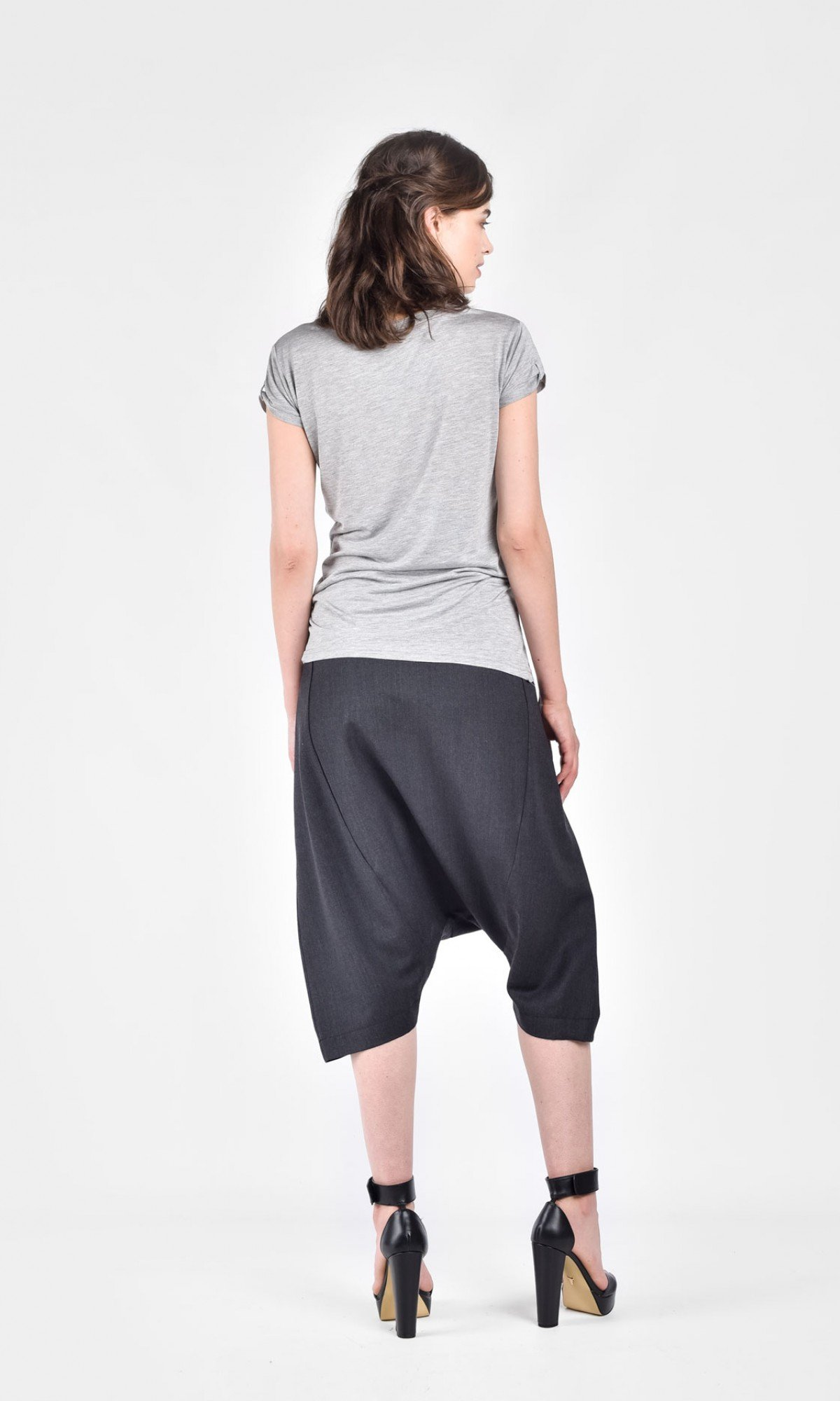 Loose 3/4  Black Drop Crotch Cold Wool Pants A05193