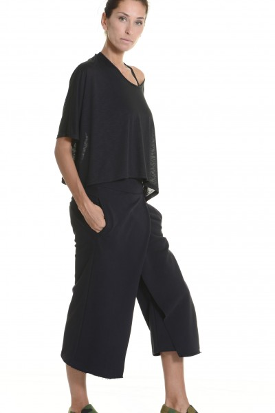 Loose Cotton Black Skirt like Pants A05320