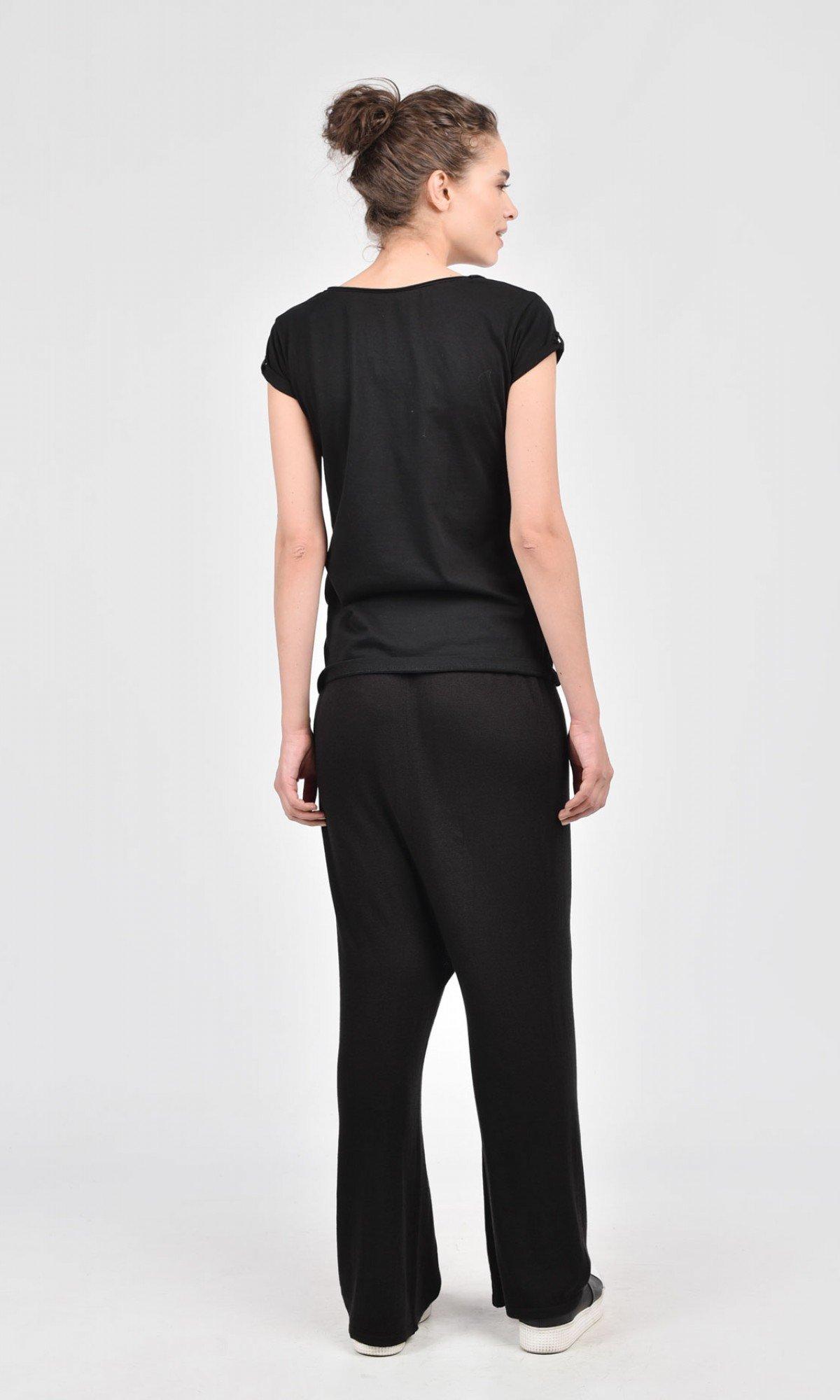 Loose Black Drop Crotch Fully Knit Pants A05321