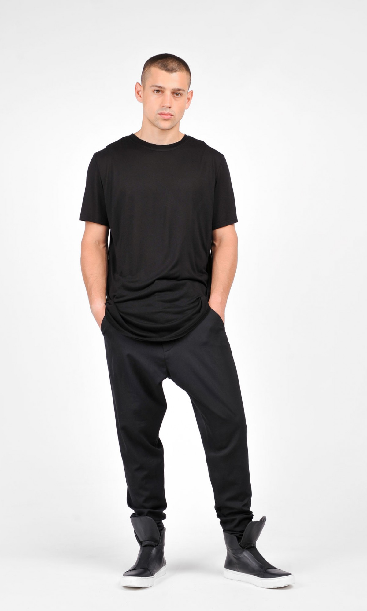 Cold Wool Black Loose Drop Crotch Pants A05581M