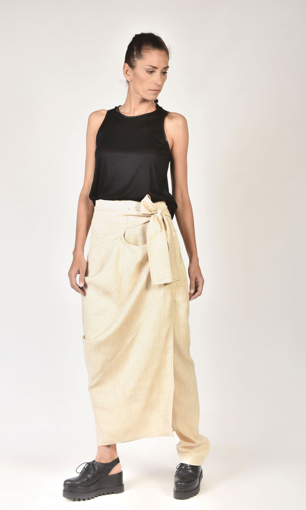 Asymmetric Skirt Pants with an Overlap A09779