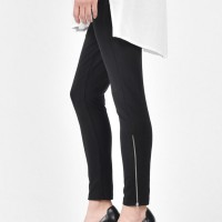 Cotton leggings with pockets and zippers A05661