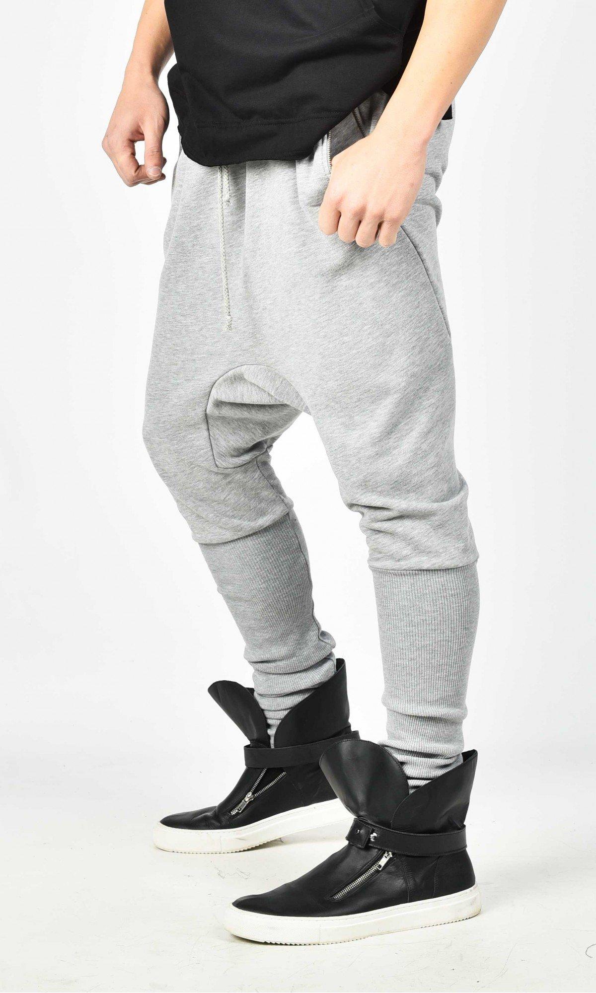 Drop Crotch Jogger Pants with elastic cuffs A90341M