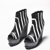 Sexy Extravagant 'Must Have' All seasons Zebra Shoes A15194