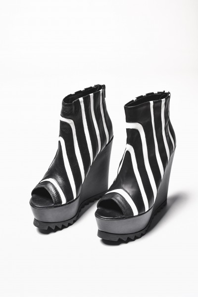 "Sexy Extravagant ""Must Have"" All seasons Zebra Shoes A15194"