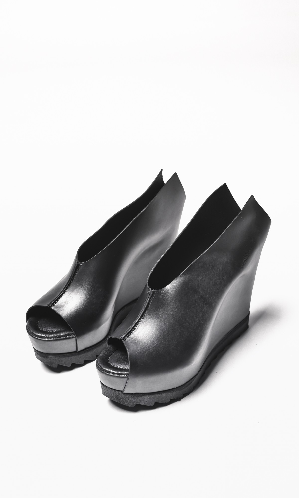Black Genuine Leather Wedges A15418