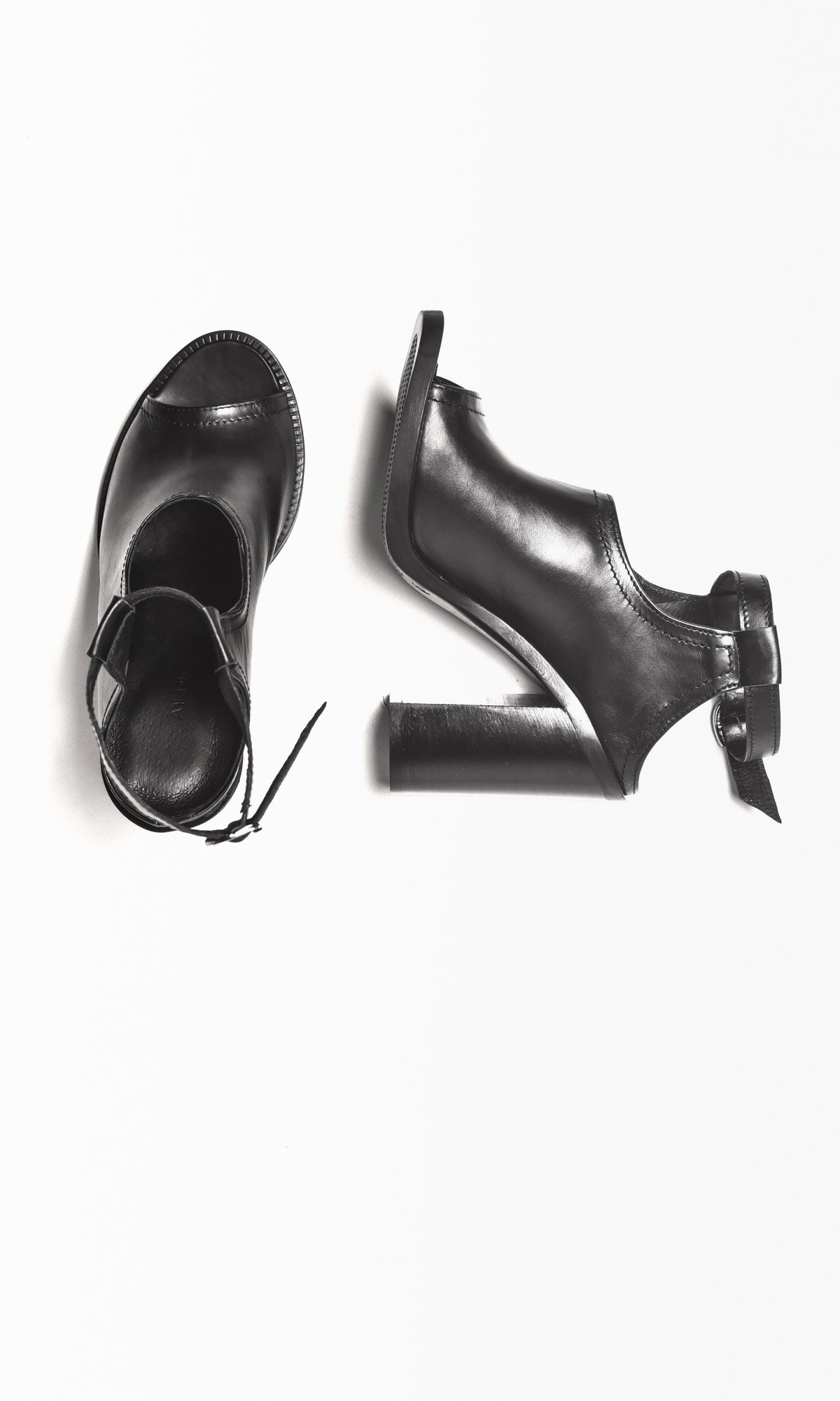 Block Heel Ankle Strap Sandals A26609