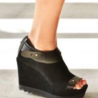 Peep toe platform wedges A90282