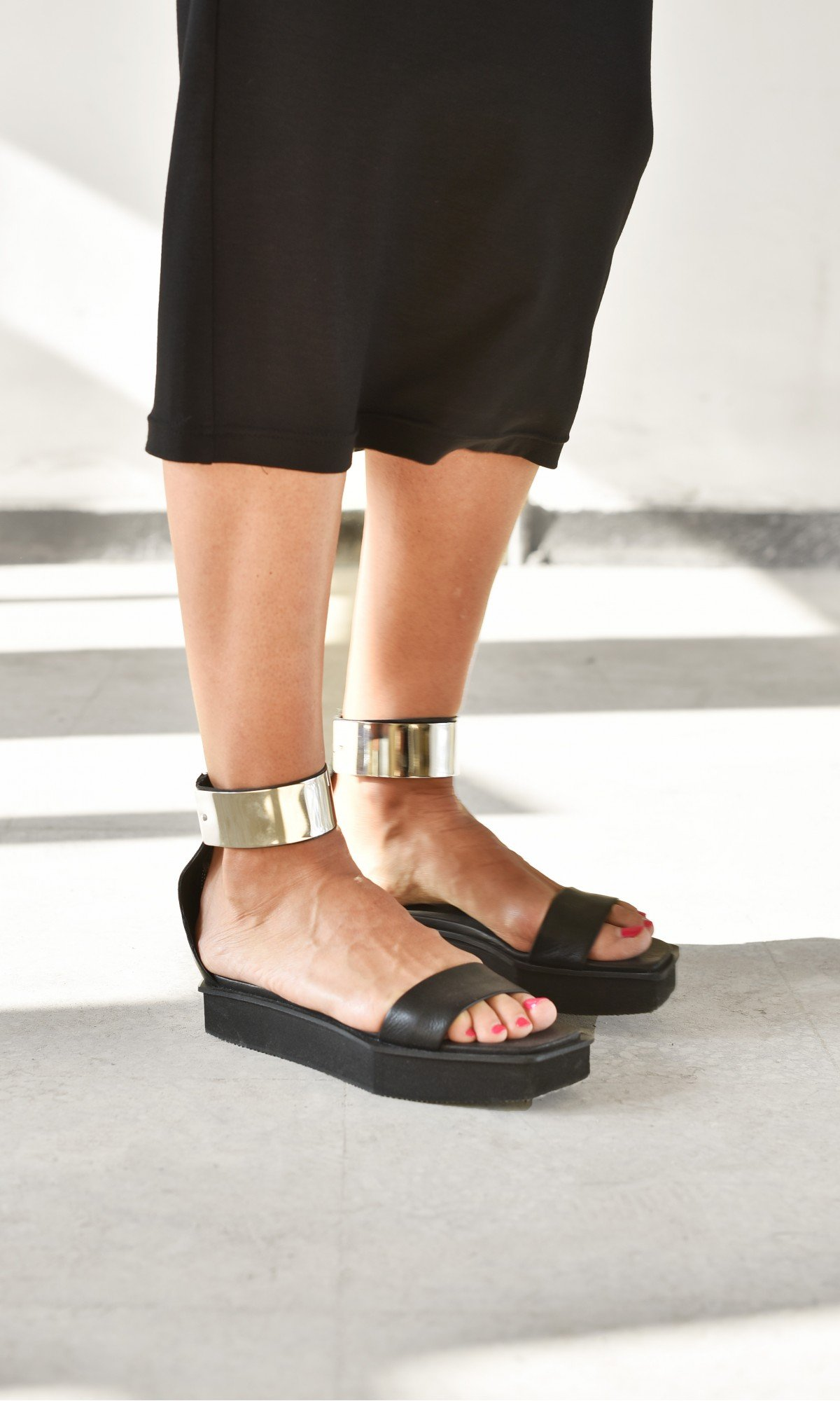 Metal Plate Ankle Strap Sandals A26811