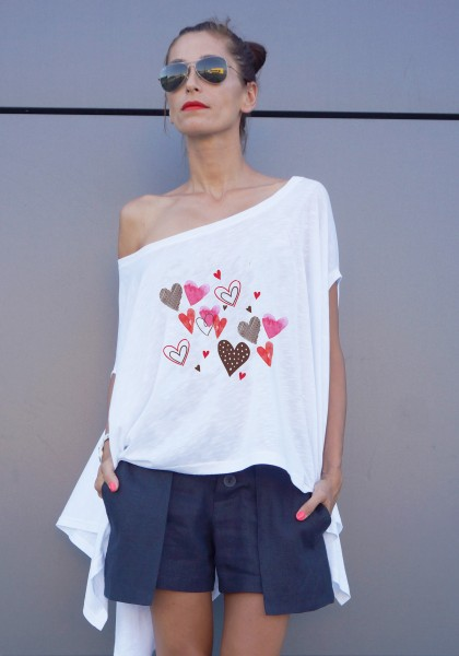 White Loose Heart Printed Tee Tunic A124510418